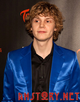 Эван Питерс / Evan Peters